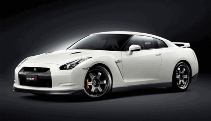 2008 Nissan GT-R by Nismo 1