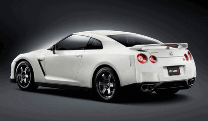 2008 Nissan GT-R by Nismo 2