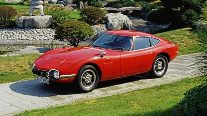 1967 Toyota 2000GT 4