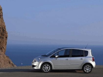 2008 Renault Grand Modus 5