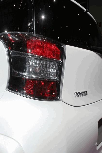 2008 Toyota iQ 29