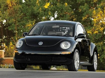 2008 Volkswagen New Beetle 3