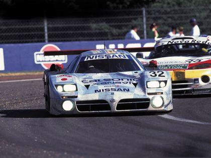 1998 Nissan R390 GT1 7