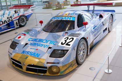 1998 Nissan R390 GT1 10