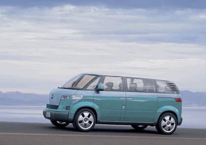 2008 Volkswagen Microbus concept 4