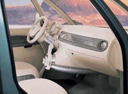 2008 Volkswagen Microbus concept 11