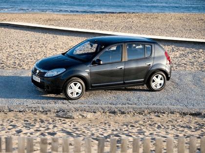 2008 Dacia Sandero 4