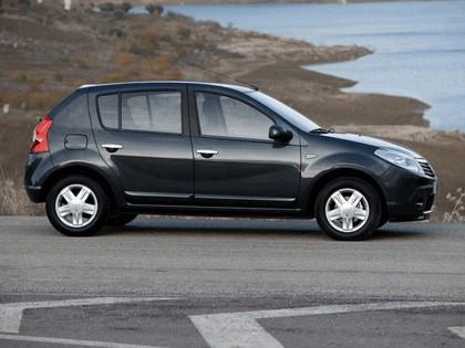 2008 Dacia Sandero 7
