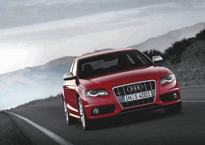 2008 Audi S4 35