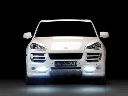 2008 Porsche Cayenne by JE Design 4