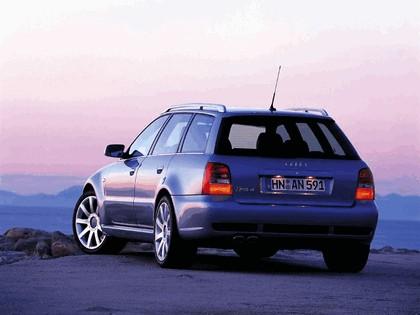 2000 Audi RS4 10