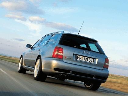 2000 Audi RS4 15