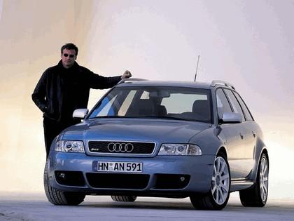 2000 Audi RS4 19