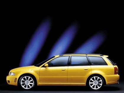 2000 Audi RS4 23