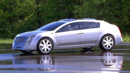 2000 Cadillac Imaj 3