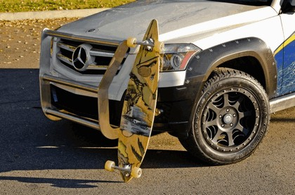 2008 Mercedes-Benz GLK Rock Crawler by Legendary Motor Company 2
