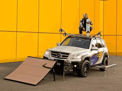 2008 Mercedes-Benz GLK Rock Crawler by Legendary Motor Company 7