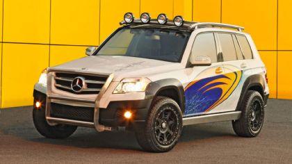 2008 Mercedes-Benz GLK Rock Crawler by Legendary Motor Company 1