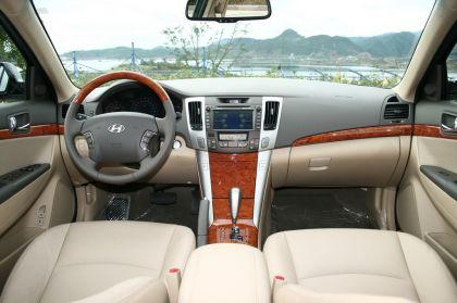 2008 Hyundai Sonata sedan 12