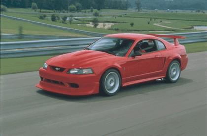 2000 Ford SVT Cobra R 3