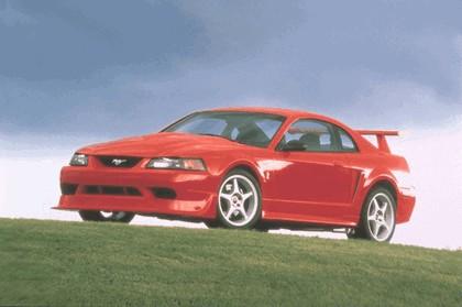 2000 Ford SVT Cobra R 37