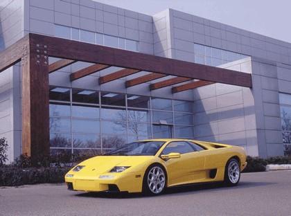 2000 Lamborghini Diablo 6.0 8