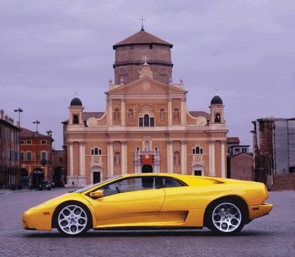 2000 Lamborghini Diablo 6.0 12