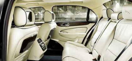 2009 Jaguar XJ Portfolio 14