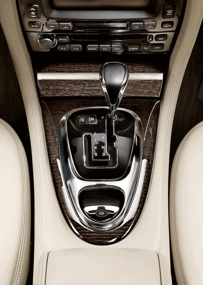 2009 Jaguar XJ Portfolio 16