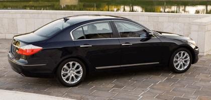 2009 Hyundai Genesis sedan 8