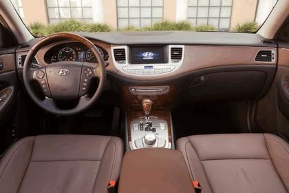 2009 Hyundai Genesis sedan 12