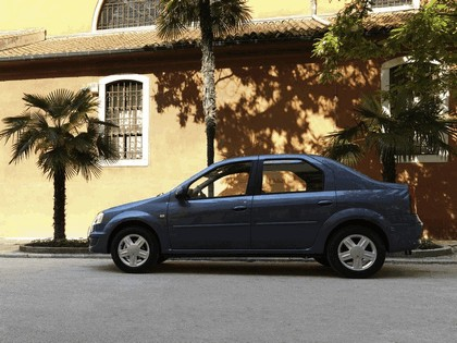 2009 Dacia Logan 8