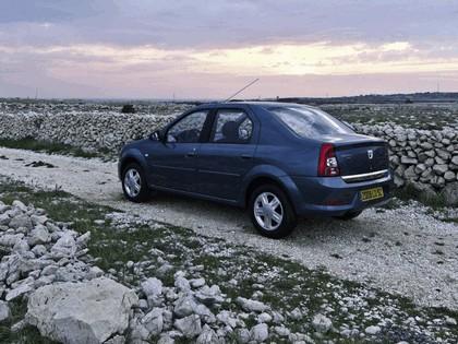 2009 Dacia Logan 11
