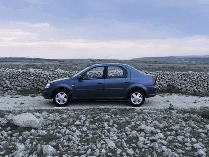 2009 Dacia Logan 14