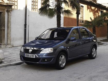 2009 Dacia Logan 24