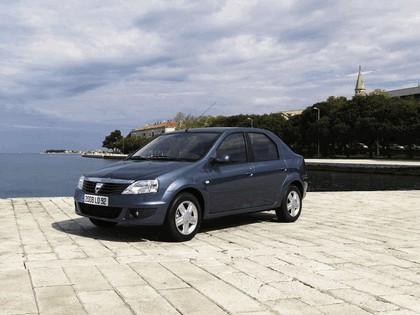 2009 Dacia Logan 25