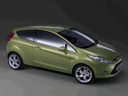 2008 Ford Fiesta 26