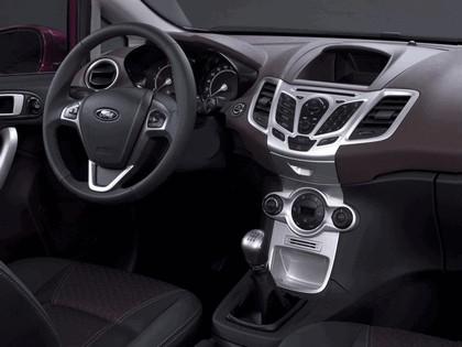 2008 Ford Fiesta 38
