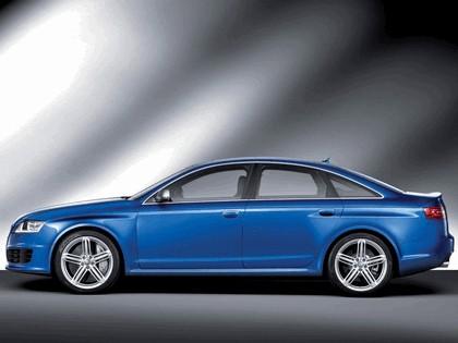 2009 Audi RS6 sedan 4