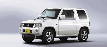 2009 Nissan Kix 9