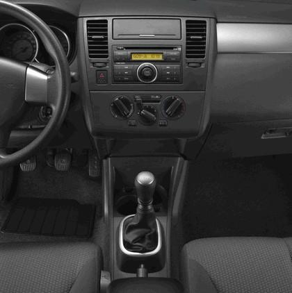 2009 Dodge Trazo 15