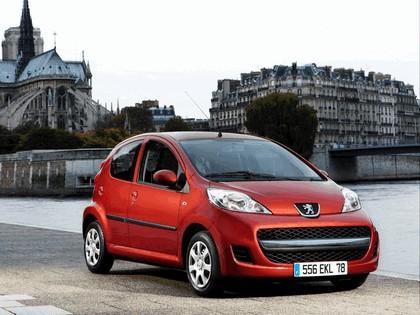 2009 Peugeot 107 5