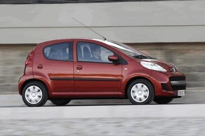 2009 Peugeot 107 7