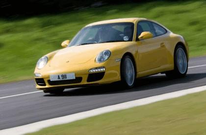 2009 Porsche driving experience centre at Silverstone 4