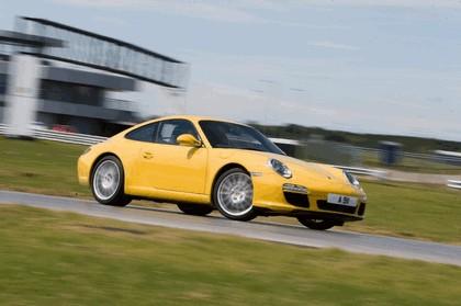 2009 Porsche driving experience centre at Silverstone 7