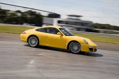 2009 Porsche driving experience centre at Silverstone 9