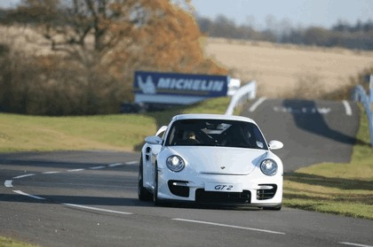 2009 Porsche driving experience centre at Silverstone 11