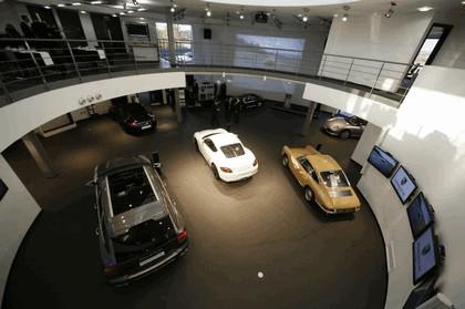 2009 Porsche driving experience centre at Silverstone 18