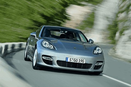 2009 Porsche Panamera 11