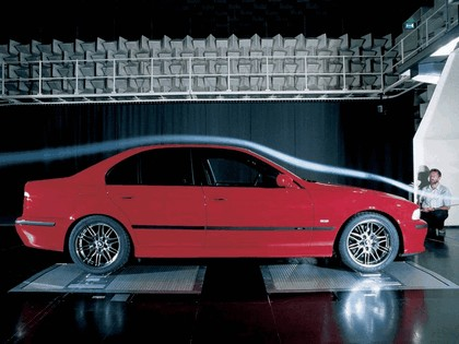 2000 BMW M5 ( E39 ) 8